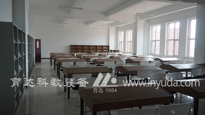 学生阅览室(2)