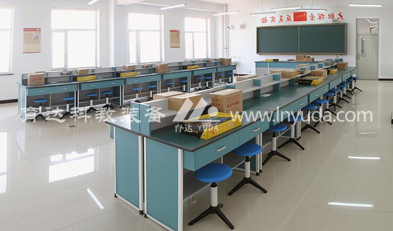 电工电子、无线电技术教室
